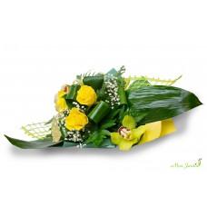 Buchet trandafiri, orhideea