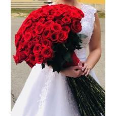 Buchet 101 de trandafiri